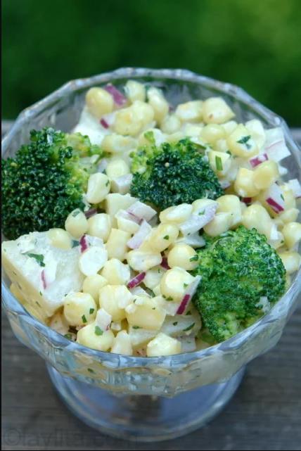 Ensalada de chócolo, papa y brócoli