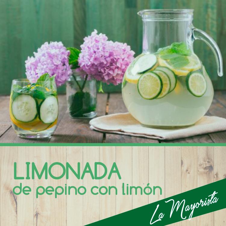 Limonada de pepino con limón